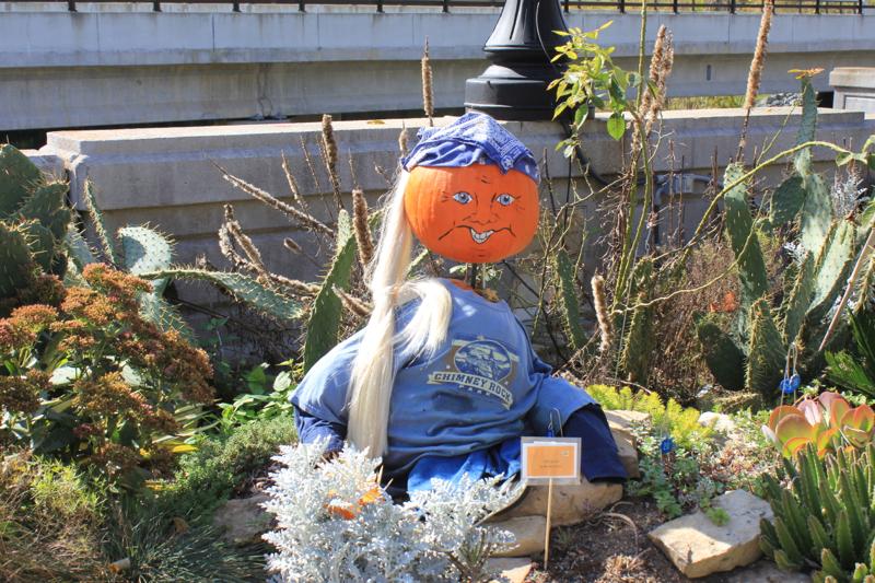 Pumpkins 3 Blue girl