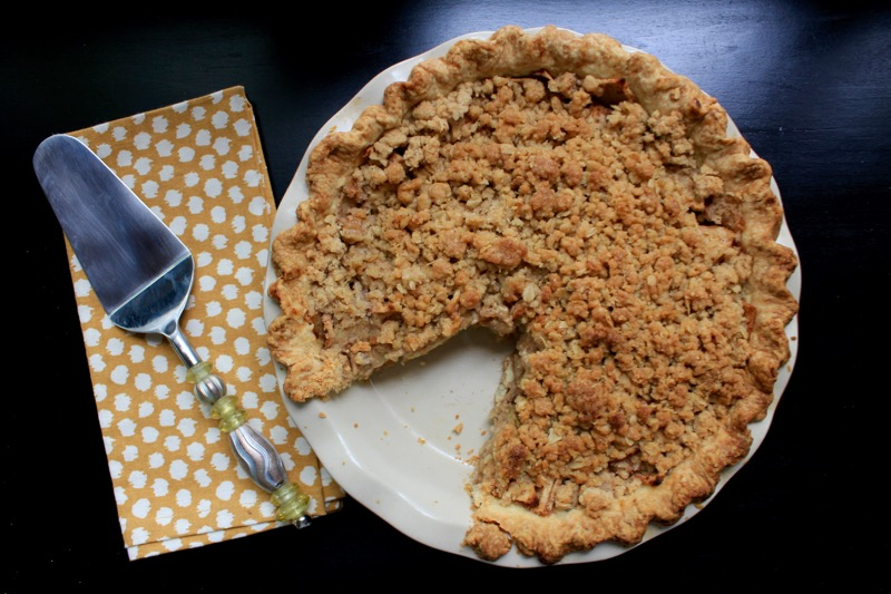Apple Crumble Pie 1