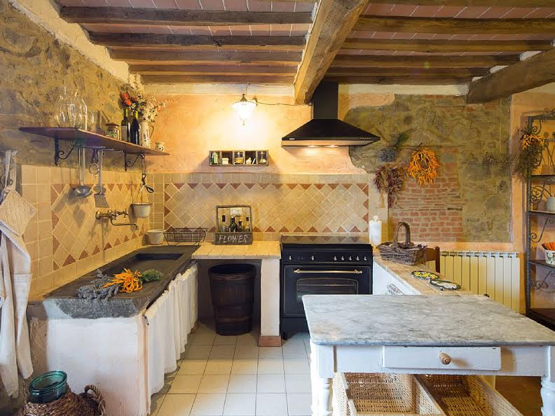 Tuscany-Kitchen